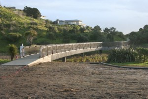 Piha footbridge